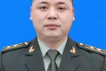湖南桃江出生的解放军飞行员执行飞行任务时牺牲,参加过70周年阅兵,年仅37岁