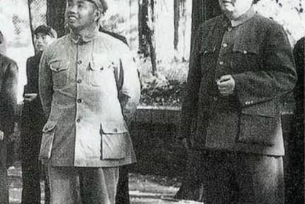 毛泽东曾为何事向许世友微微鞠了一躬 让许流下眼泪