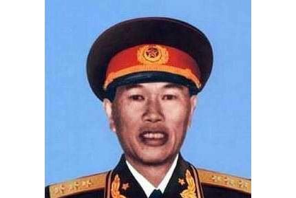 邓华:湖南郴县人,开国上将曾指挥200万大军令美军寸步难行