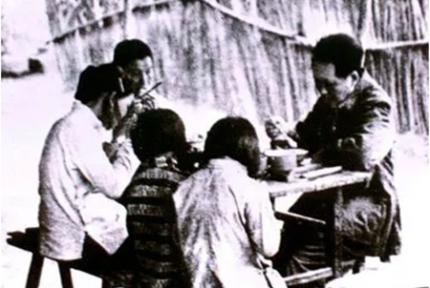 毛泽东给自己定何吃饭原则