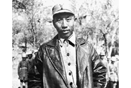 王震:成就最高的铁道兵司令员 后来成为国家副主席